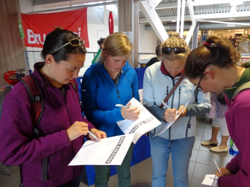 Just hours after arriving in Nuuk, Cohort 4 signs up for the Nuuk marathon!
